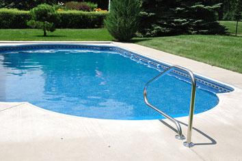 Konstgräs swimmingpool
